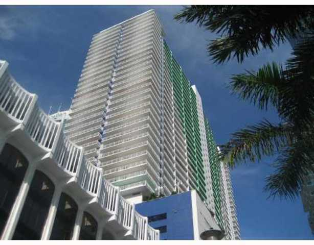 1200 Brickell Bay Drive, Unit 4202 Image #1