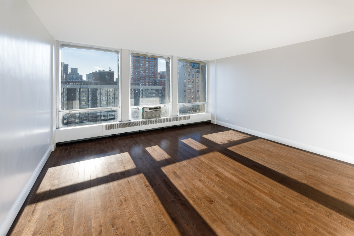 333 East 30th Street, Unit 14F Manhattan, NY 10016