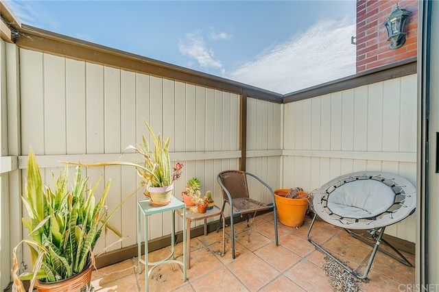 4374 Ventura Canyon Avenue, Unit 6 Sherman Oaks, CA 91423