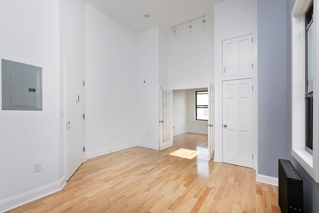 160 Wyckoff Avenue, Unit 4 Image #1