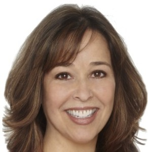Magda Rodriguez, Agent in Los Angeles - Compass