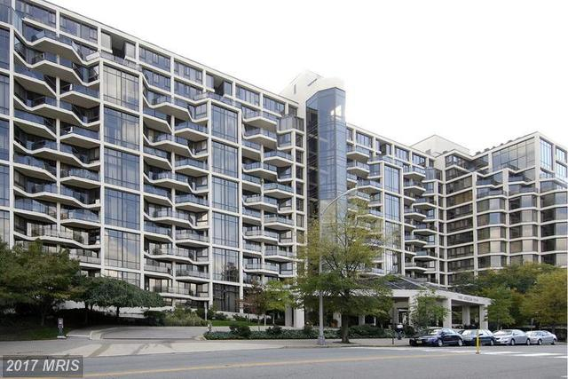 1530 Key Boulevard, Unit 121 Image #1