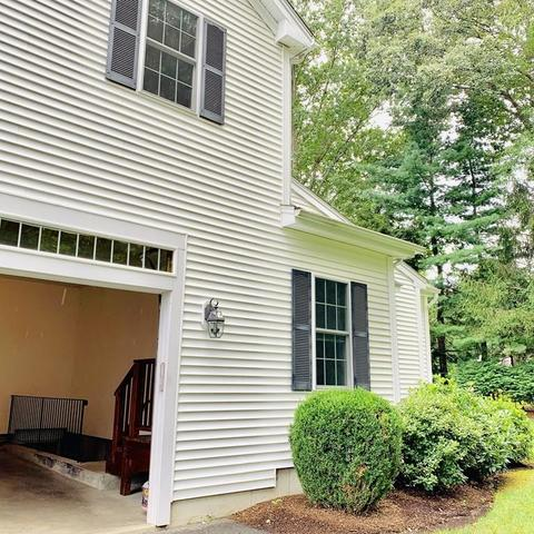 114 Jarvis Circle, Unit 114 Needham, MA 02492