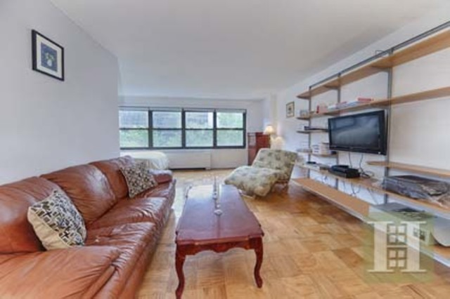 142 West End Avenue, Unit 4S Image #1