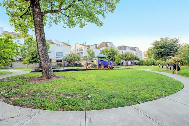 802 Detering Street Houston, TX 77007