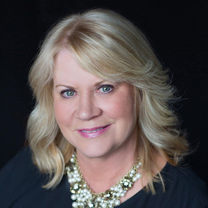 Kari Hull,                     Agent in Seattle - Compass