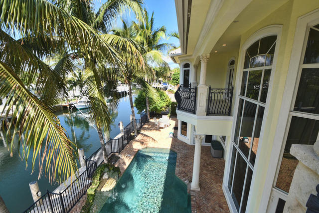 621 Golden Harbour Drive Boca Raton, FL 33432