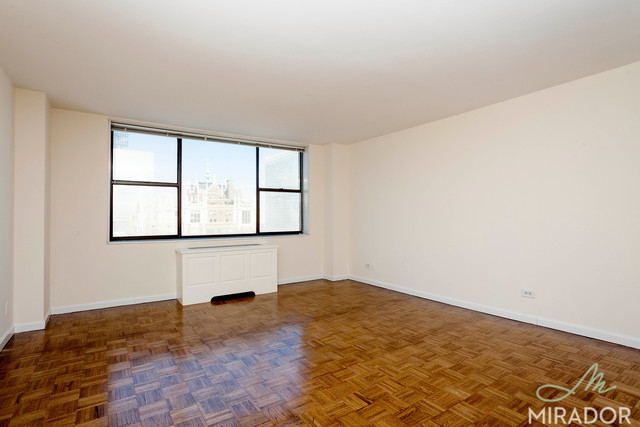 330 East 39th Street, Unit 31K Image #1