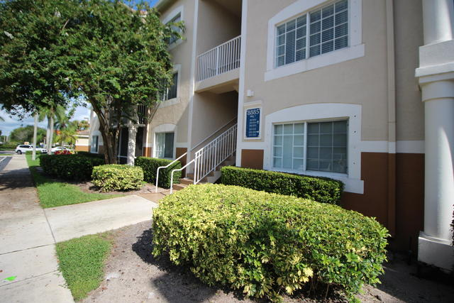 8885 Okeechobee Boulevard, Unit 204 West Palm Beach, FL 33411