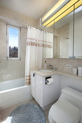 45 East 89th Street, Unit 36B Image #1