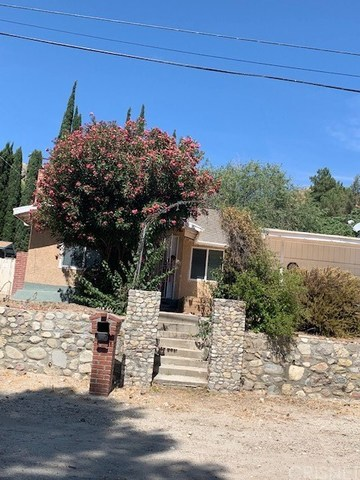 16967 Forrest Street Canyon Country, CA 91351