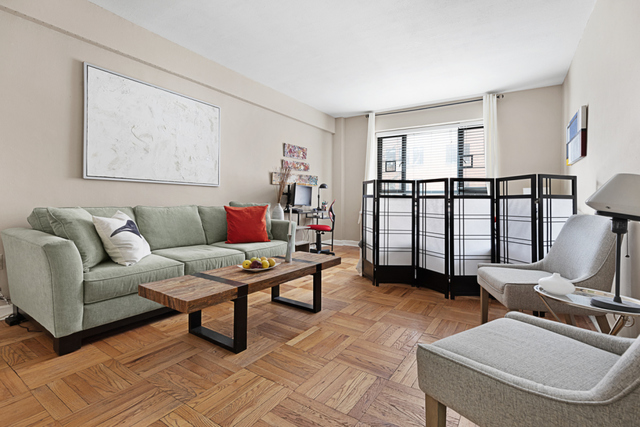130 8th Avenue, Unit 2D Brooklyn, NY 11215