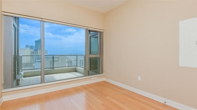 575 Sixth Avenue, Unit 1404 San Diego, CA 92101