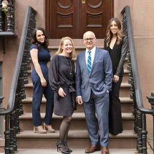The Farah Goodwin Team,                     Agent in NYC - Compass