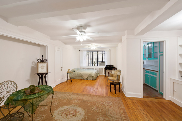 325 East 41st Street, Unit 103 Image #1