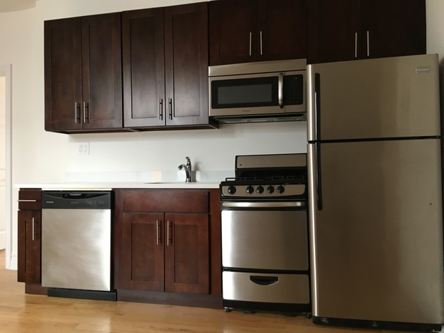 23-15 30th Avenue, Unit D10 Image #1