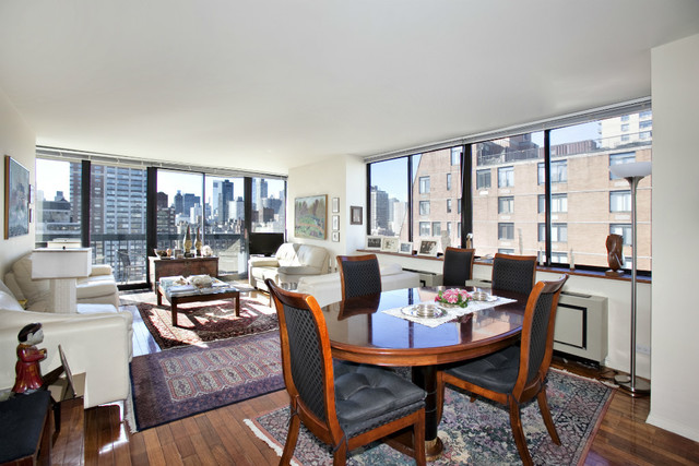 330 East 75th Street, Unit 23A Image #1