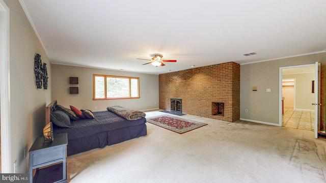 10912 Watermill Court Oakton, VA 22124