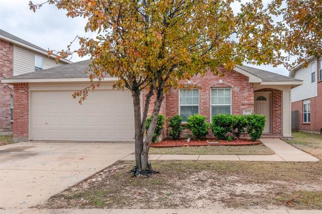 1724 Trego Drive Justin, TX 76247