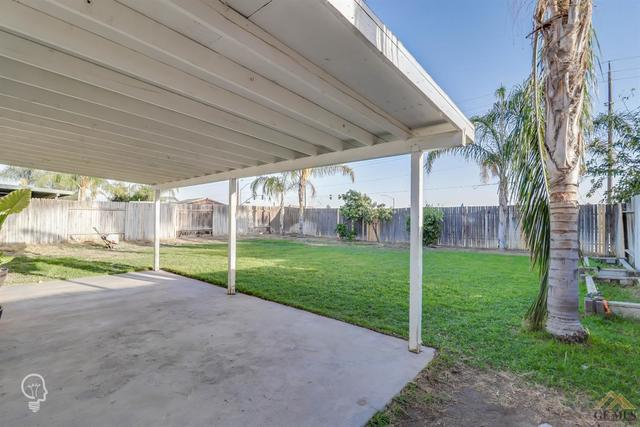 5715 Stacy Palm Court Bakersfield, CA 93313