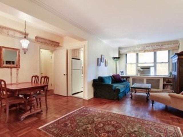 220 Madison Avenue, Unit 8L Image #1