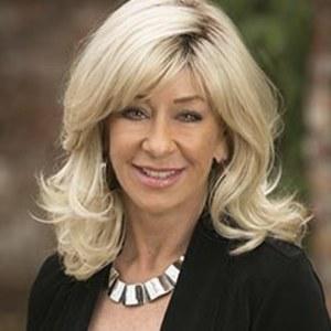 Debbie Johnston,                     Agent in San Francisco - Compass