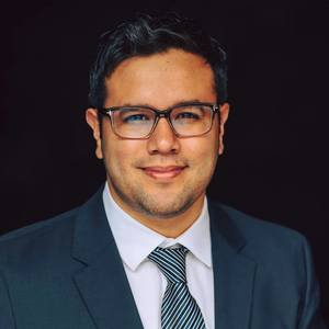 Robert Rodriguez,                     Agent in Los Angeles - Compass
