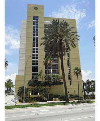 5880 Collins Avenue, Unit 1207 Image #1
