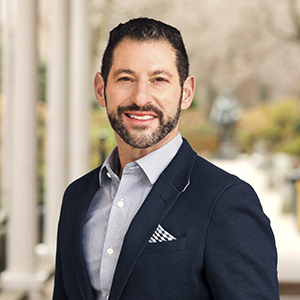 Daniel Wright, Agent in NYC - Compass