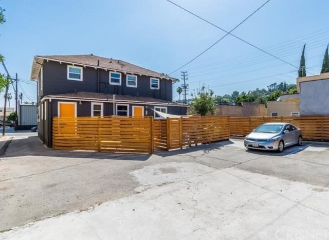 109 East Ave 45 Los Angeles, CA 90031