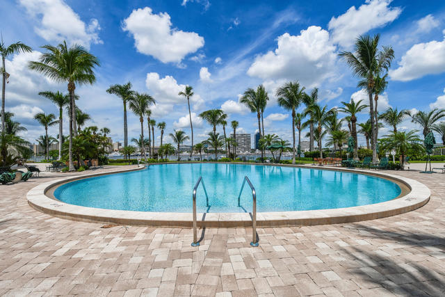 44 Cocoanut Row, Unit 508A Palm Beach, FL 33480