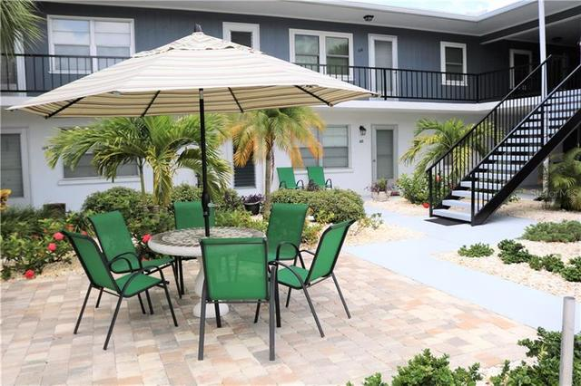 236 Harbor Drive South, Unit 205 Venice, FL 34285