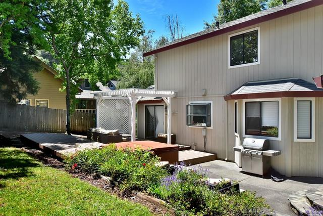 1896 Bennett Meadows Lane Santa Rosa, CA 95405