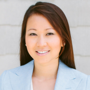 Kelly Tong,                     Agent in Los Angeles - Compass