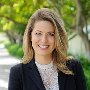 Jacqueline Holdack,                       Agent in Miami - Compass