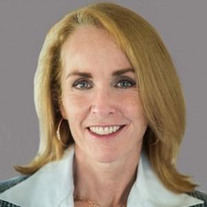 Maureen Terris,                     Agent in San Francisco - Compass