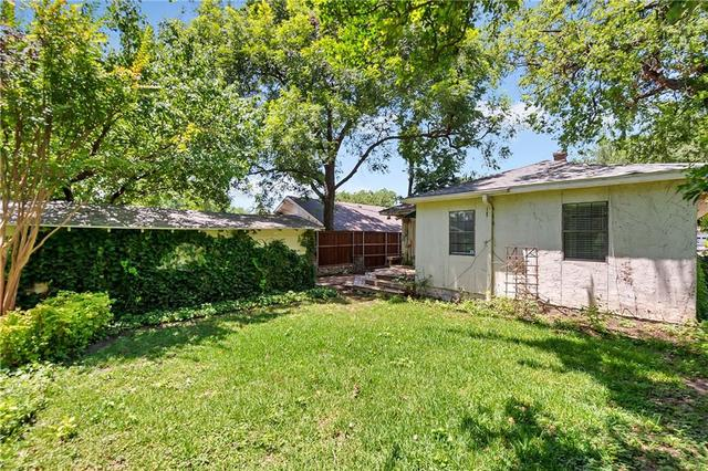 1415 Clover Lane Fort Worth, TX 76107