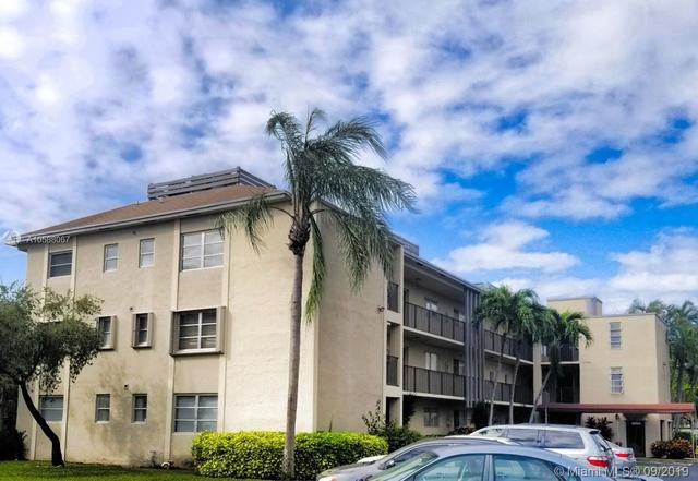 7720 Northwest 50th Street, Unit 301 Lauderhill, FL 33351