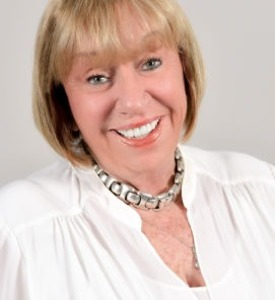 Leah Steuer, Agent in Los Angeles - Compass