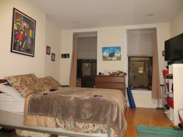 524 East 84th Street, Unit 4W Image #1
