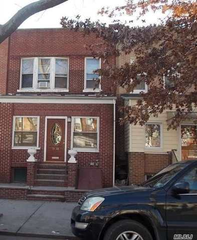 71-22 68th Street Queens, NY 11385