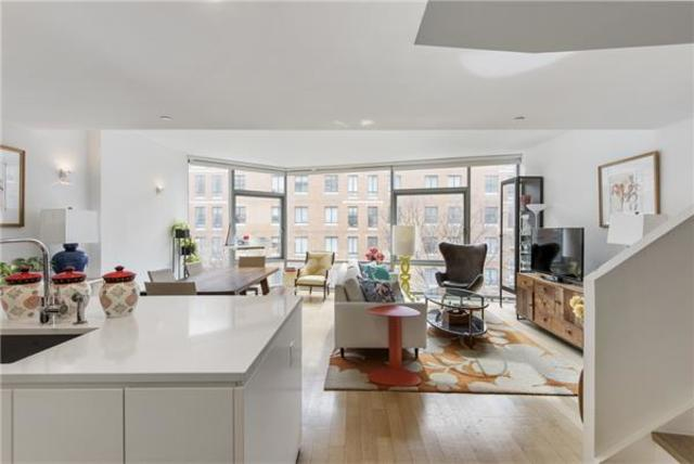 425 West 53rd Street, Unit 411 Image #1