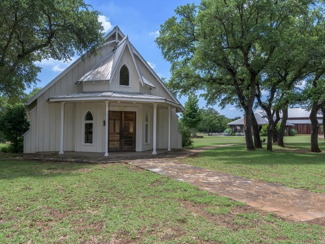 4901 McGregor Lane Dripping Springs, TX 78620