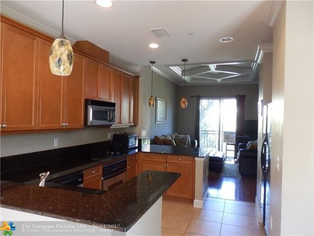 1833 Coral Heights Lane, Unit 1833 Image #1