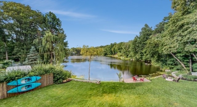 13 Fawn Lake Road Hardyston Twp, NJ 07640