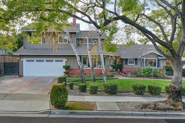 247 Pinehurst Avenue Los Gatos, CA 95032