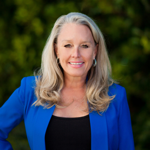 Barb Glass, Agent in Los Angeles & Orange County - Compass