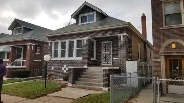 9006 South Throop Street Chicago, IL 60620