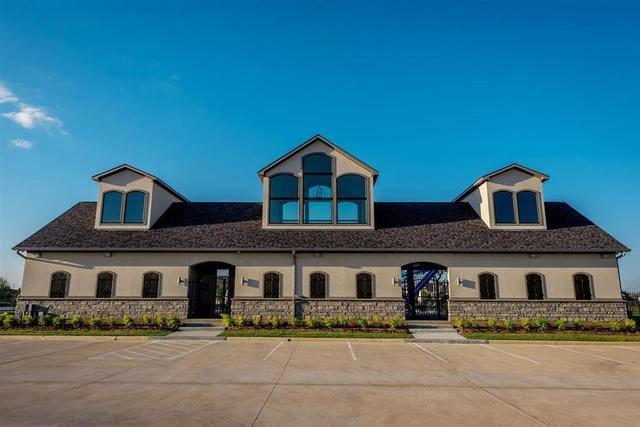 9414 Windward Bluff Tomball, TX 77375