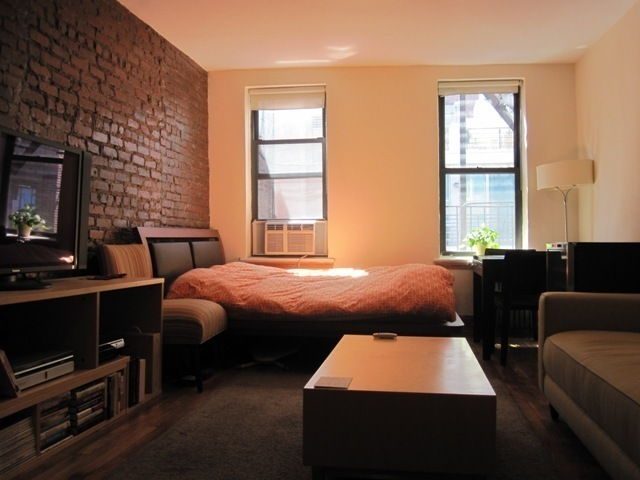 344 West 17th Street, Unit 5B Image #1